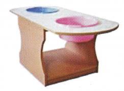 Стол для воды и песка
